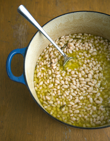 big-pot-of-beans-vertical